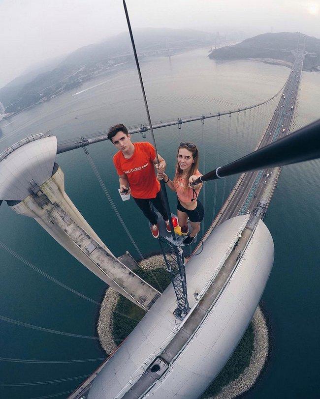 garota-tira-selfies-arrepiantes-8